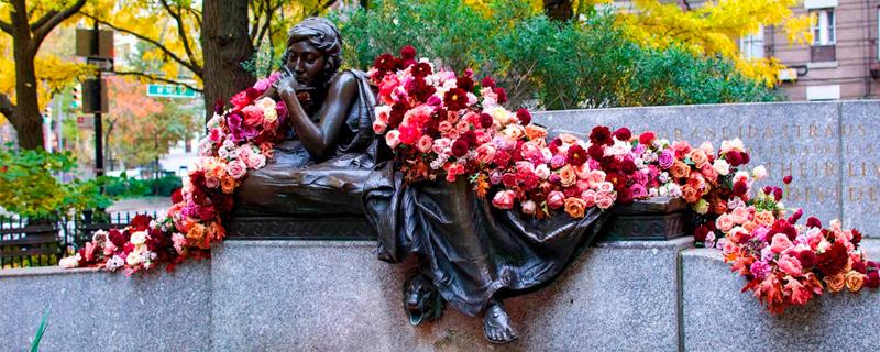 Adornos florales sorpresa en Nueva York