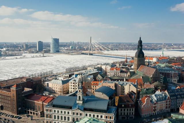 riga città inverno