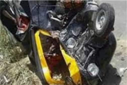 إصابة شخصين إثر حادث تصادم سيارة وتوكتوك بسوهاج