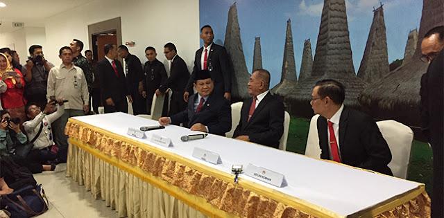 Ryamizard: Saya Lega Serahkan Tugas Ke Saudara Saya, Prabowo