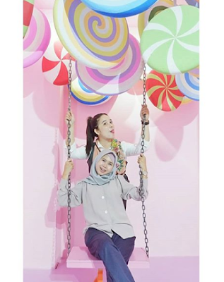 Asiknya Berfoto di Summarecon Mall Bekasi