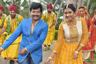 Ennodu Nee Irundhaal Tamil Movie Gallery  0036.jpg