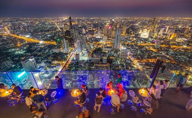 The adventurous, luxurious glass bar in Bangkok's tallest restaurant