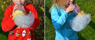 https://www.amarilloverdeyazul.com/un-soplador-de-burbujas-reciclando-una-botella-de-plastico/