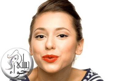 تمرين القبلة لعلاج التجاعيد