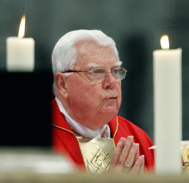 Fallece cardenal Law, implicado en escándalo de pedofilia en EE.UU.