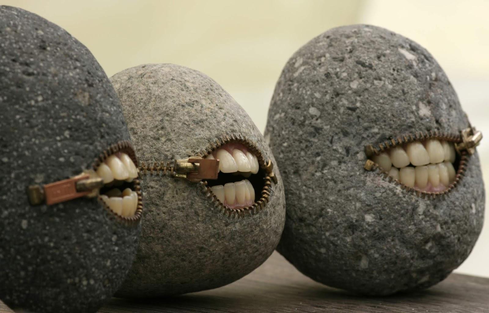 فن من مكان آخر .. حين تتحول الصخور لأداة فنيّة مذهلة!
