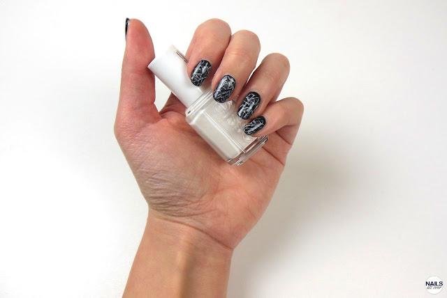 "Nailsallover Nails All Over - P2 ""Eternal"" -  Ciaté ""Prima Ballerina"" -  Essie ""Blanc"" -  Seche Vite Dry Fast Top Coat -  Klarsichtfolie -  Dünner Pinsel"