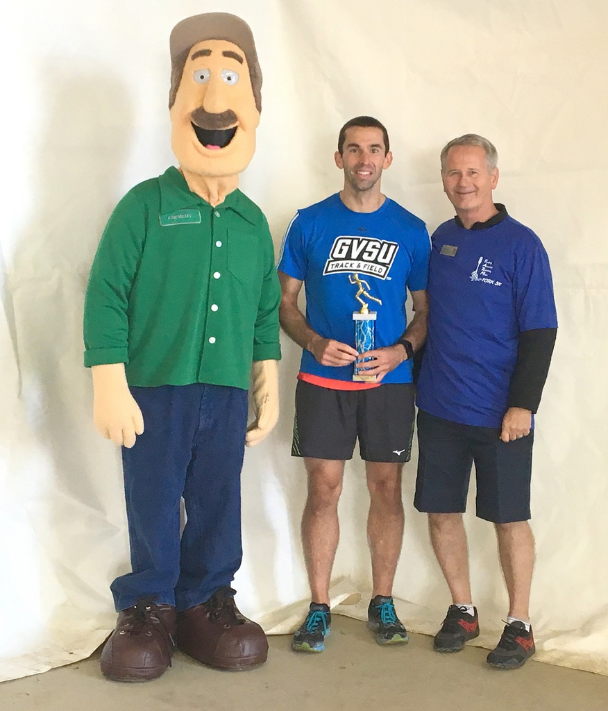 LAND OF LIQUID: Farm to Fork 5K Race at the NCRS | AgroLiquid