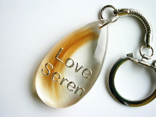 Keyring for a loved ones hair