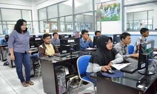 7 Fakta UDINUS Universitas Swasta Terbaik di Jawa Tengah
