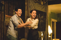 Brie Larson and Max Greenfield in The Glass Castle (16)