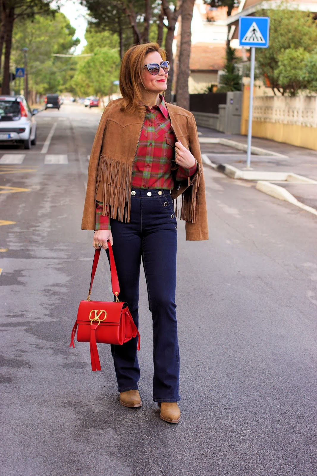 Suede fringe jacket and Western shirt on Fashion and Cookies fashion blog, fashion blogger style
