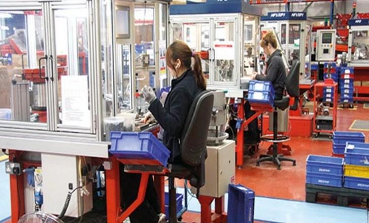 Britain berkata akan menaikkan gaji minimum lebih daripada 6 peratus pada tahun 2020