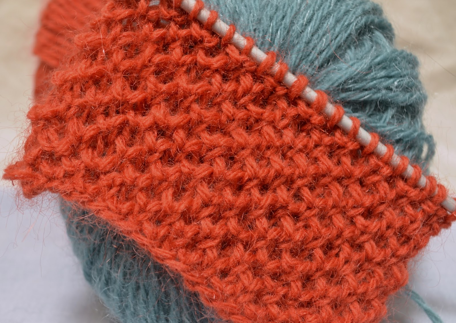 Knitting Novice: The Weekly Swatch: The Honeycomb Stitch