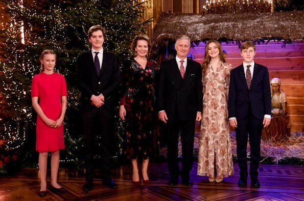 Dries Van Noten Depo floral velvet dress. ba&sh floral midi dress. Queen Mathilde, Crown Princess Elisabeth, Prince Gabriel, Princess Eleonore and Prince Emmanuel