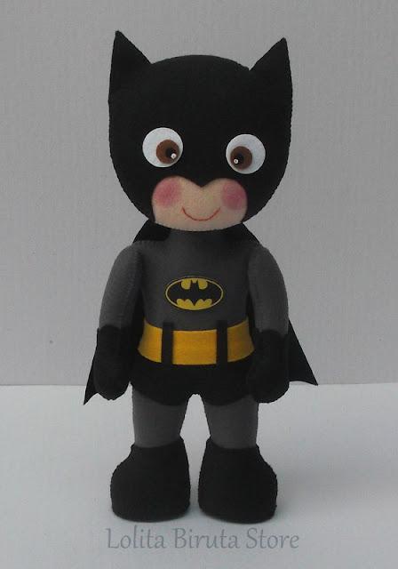 Batman em feltro para decoração de festa infantil