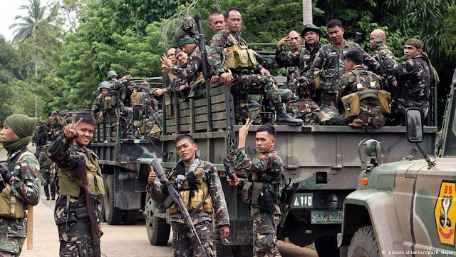Militer Filipina Bombardir Basis Kelompok Abu Sayyaf