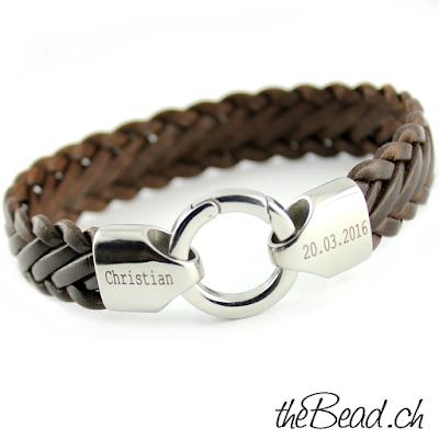Gravierte Armband mit persönlicher Gravur ist eine tolle Geschenkidee