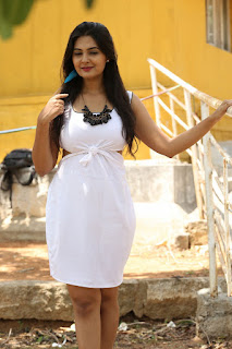 Actress Neha Deshpande Pictures at Anu Vamsi Katha Opening  0003