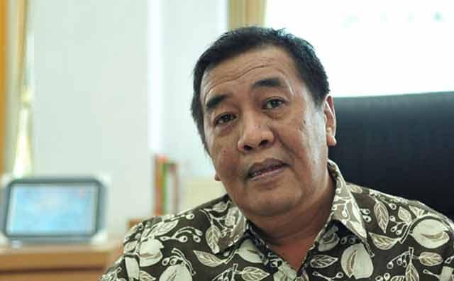 Kesehatan Ketua DPRD Banjarbaru, AR Iwansyah sedang tidak baik.  Namun, ia nekat tetap berhadir dalam Sosialisasi Rencana Relokasi Pasar Bauntung, di Aula Bina Satria Banjarbaru, kamis (20/12/2018).