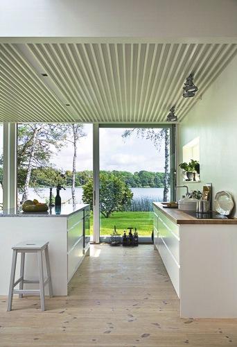 la maison d 39 anna g au bord du lac. Black Bedroom Furniture Sets. Home Design Ideas