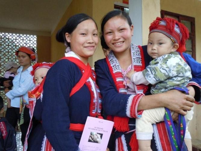 Dự án Sổ theo dõi sức khỏe bà mẹ và trẻ em của JICA