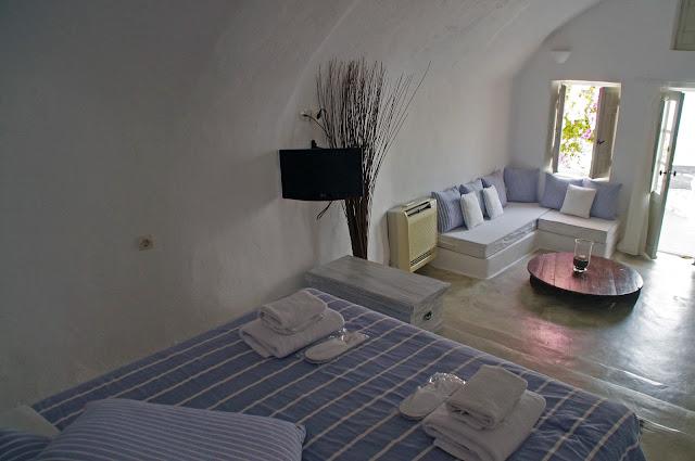 Cave room Nostos Apartments Oia Santorini