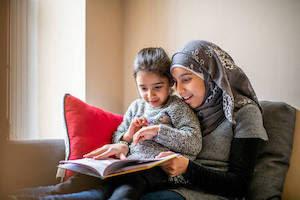 طريقة تشجيع و تربية الطفل الصغير على القراءة