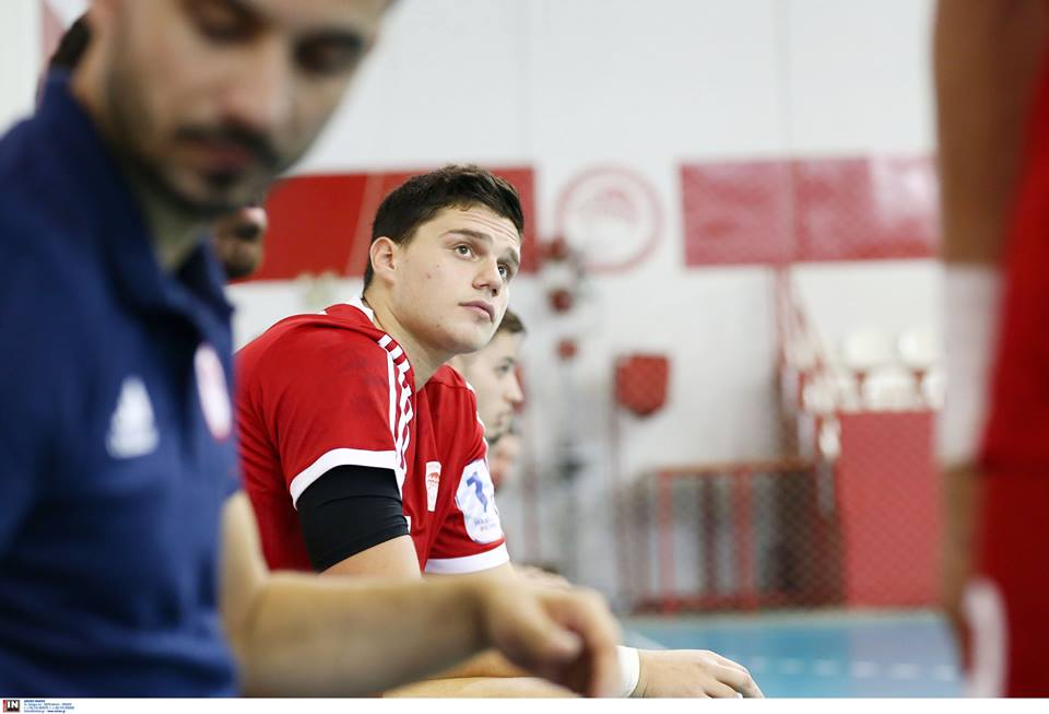 """Καραμπουρνιώτης: """"Θα τα δώσουμε όλα με ΑΕΚ"""" - greekhandball.com"""