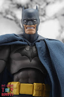 MAFEX Batman (Batman: Hush) 26