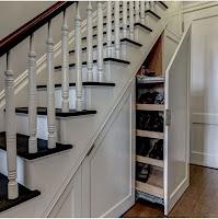 rak-sepatu-bawah-tangga