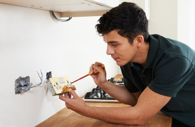 how to prevent electrical shock kitchen electrician wiring outlets