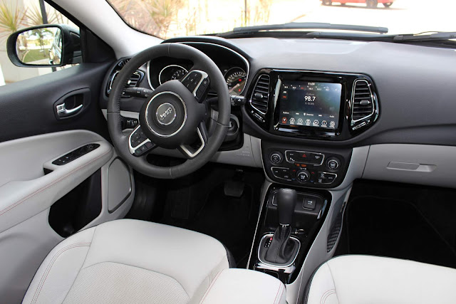 Jeep Compass Flex 2018 Limited - interior