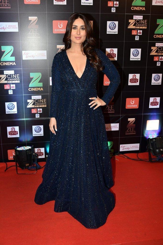 Indian Actress Kareena Kapoor At Zee Cine Awards 2017