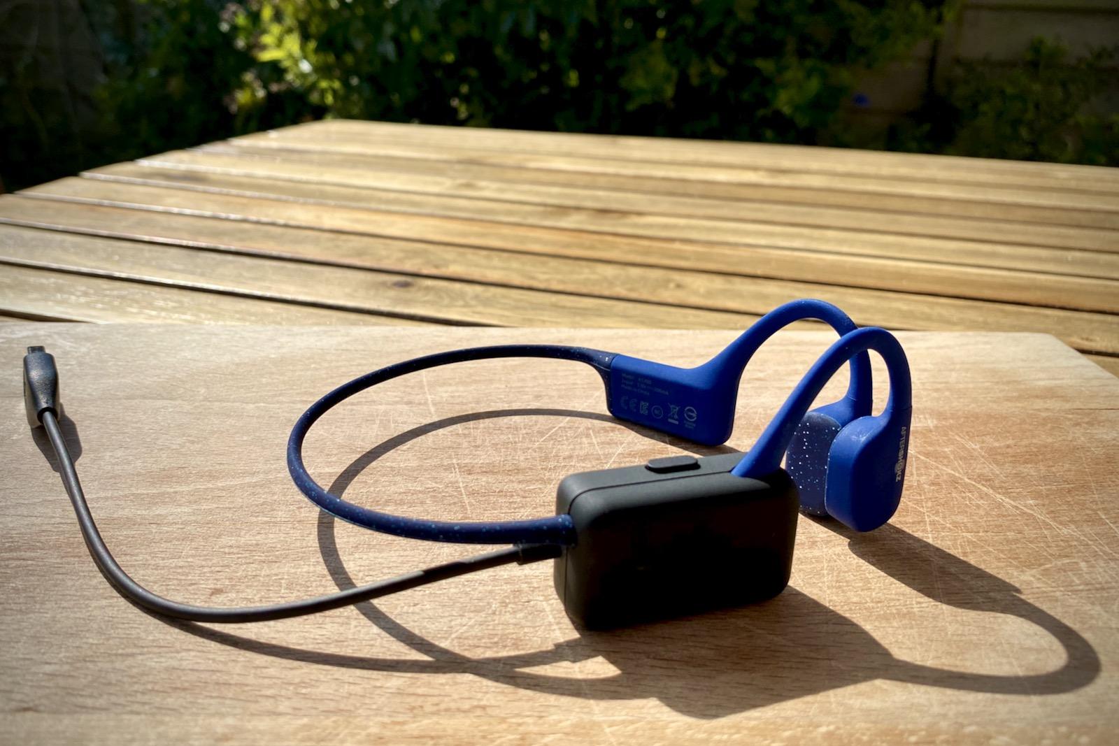 Aftershokz X-Trainerz MP3 Bone Conduction Headphones