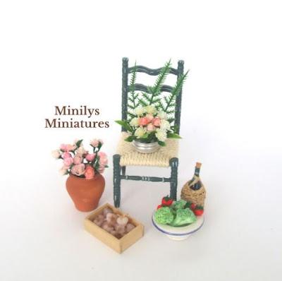 rosas miniaturas, mini verduras, comida en miniatura