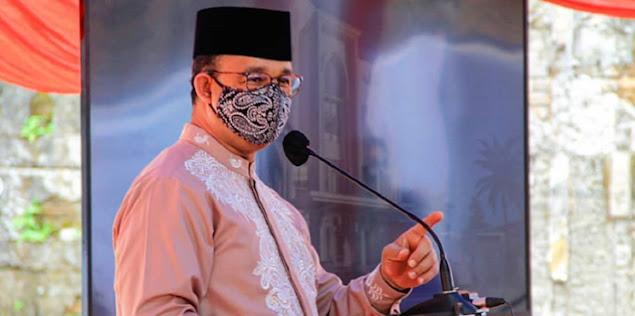 Gubernur DKI Jakarta Anies Baswedan disebut masuk dalam tim pembuat Undang-undang Omnibus Law Cipta Kerja. Namun, Anies dikatakan tak pernah datang dalam rapat pembahasannya.