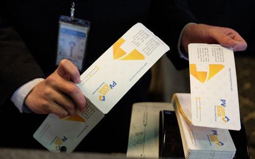 www.goldenmark.org - Mất tới hai năm đàm phán để PVcomBank với Vietnam Airlines có được cái bắt tay này...