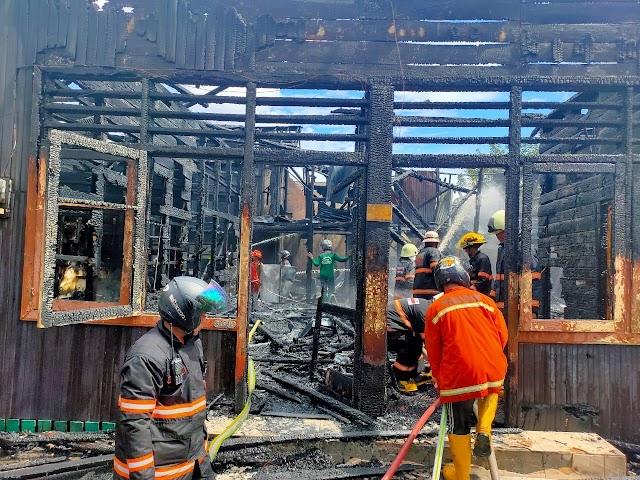 Kebakaran Rumah Warga Akibat Lupa, Masak Air Ditinggal Sholat Jumat - Samarinda