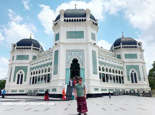 Masjid Raya Al Mashun, Masjid Megah Dan Wisata Religi Kota Medan
