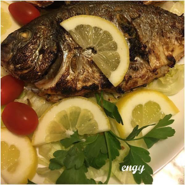 ف البيت طريقة : سمك دنيس(dorade) مشوي بالزيت والليمون