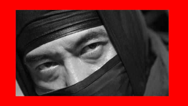 Polícia prende ladrão ninja de 74 anos