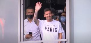 ميسي في باريس لإتمام انتقاله إلى سان جيرمان