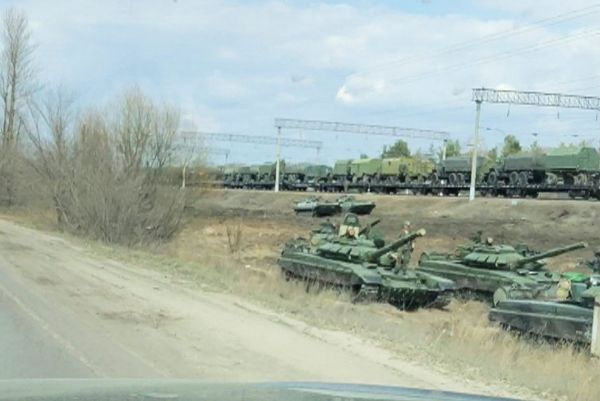 Μπορέλ: Επικίνδυνη ένταση στα σύνορα Ουκρανίας – Ρωσίας