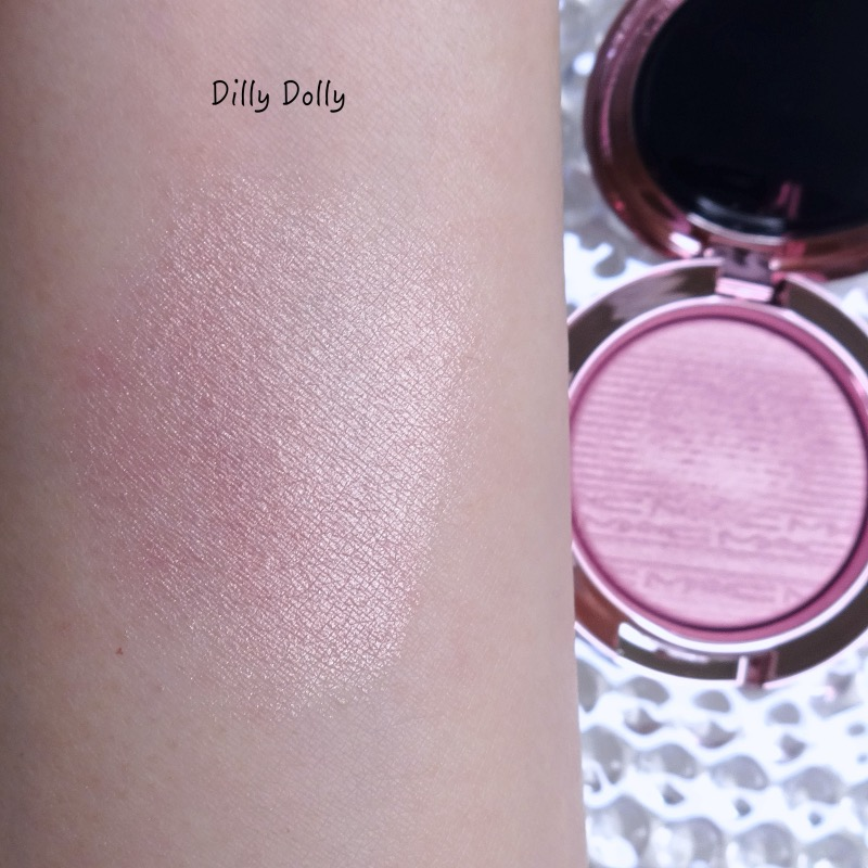 MAC Black Cherry Collection Dilly Dolly swatch