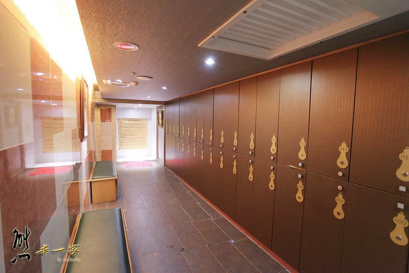 兆笙會館MEGA SPORT健身中心 SPA池 芳療 三溫暖泳池健身房