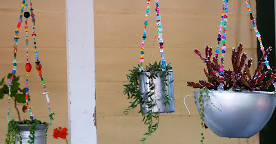 Hanging Junk Garden how-to make with more and simple thing