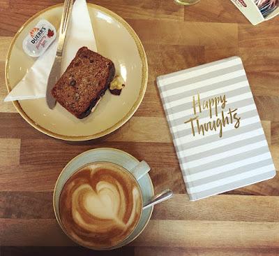 Feb 2018 - Laura Whispering - Cafe Society Aberdeen