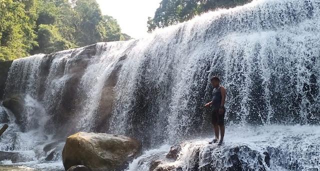 Sangka Pane Waterfall, Menawan Waterfall behind the Aceh Tamiang Hills